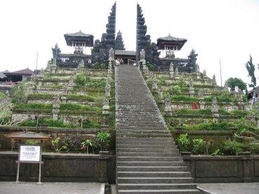 PyramidPuraBesakihBali